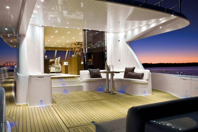 Hella Marine Beleuchtung für Boote